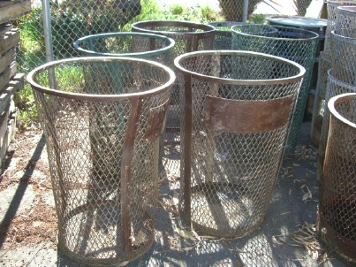 Wire Mesh Trash Cans