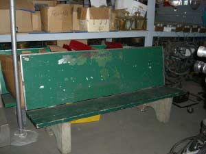 Green Solid Back Bus Bench
